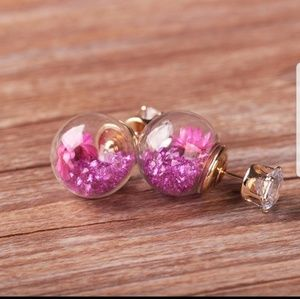 Jewelry - 💜Glass flower ball with crystal stud